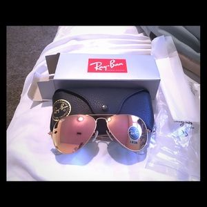 Accessories - Ray ban mirrored aviators